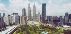 Can Vision 2020 be Far Away? Malaysia's Transformation Problems to a High‐Income Economy
